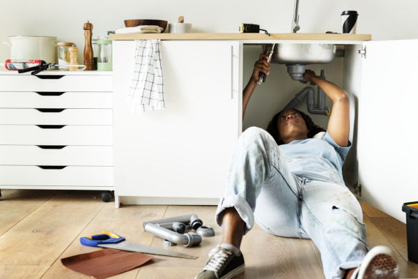 plumbing repair that requires a plumber