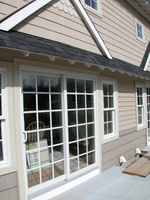 vinyl siding comes in an array of colors and designs