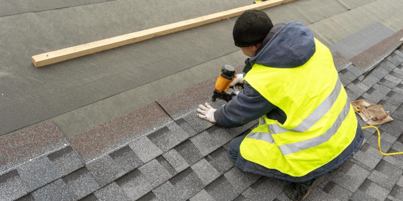 Asphalt roofing are easy to maintain